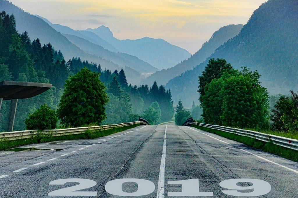 Първи стъпки в себеосъзнаването през новата година с приятна инерция от старата.